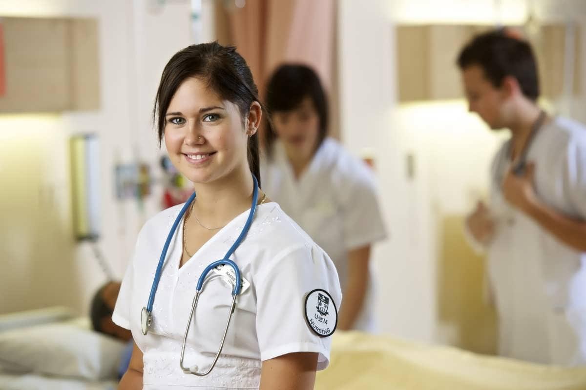 Sözleşmeliye 3+1 Uygulaması Sağlık Personeline de Verilsin