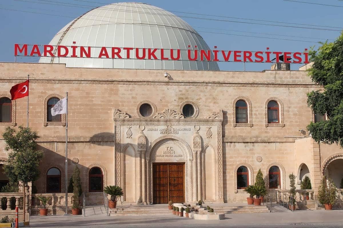 Mardin Artuklu Üniversitesinin İlanına Adaylar Tepkili