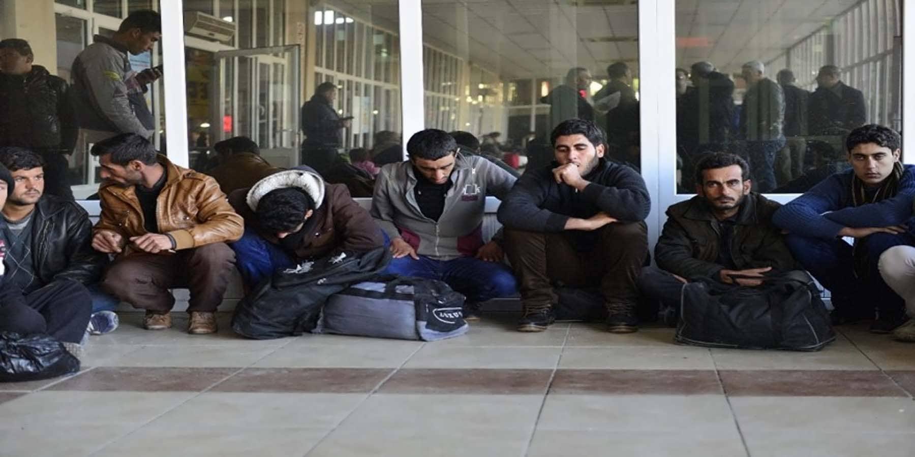 Göçmenleri Ankara Diye Adana'ya Bırakıp Kaçtılar