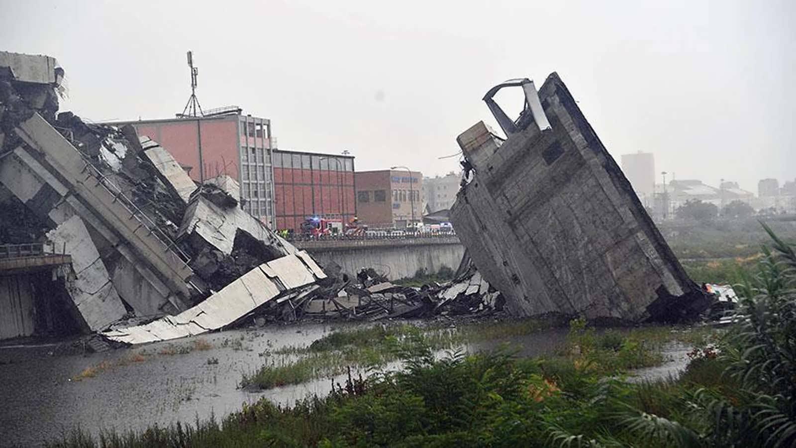 İtalya'da Köprü Çöktü: 35 Ölü
