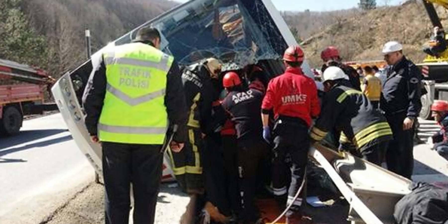 Bursa'da Yolcu Otobüsü Devrildi, Bilanço Ağır