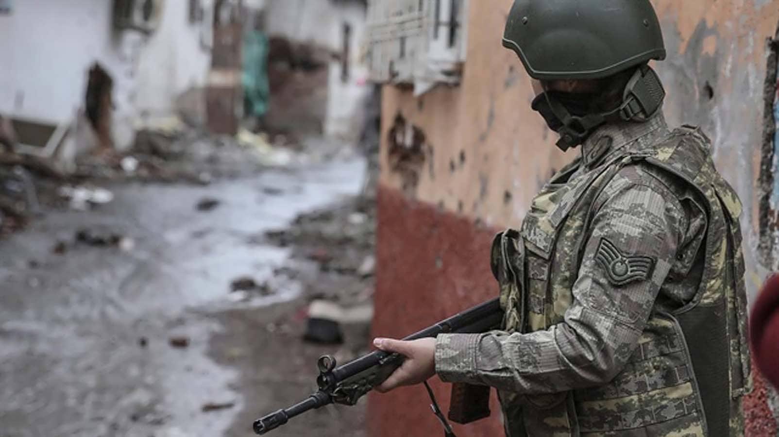 Diyarbakır'da 36 Köy ve Mezrada Sokağa Çıkma Yasağı İlan Edildi