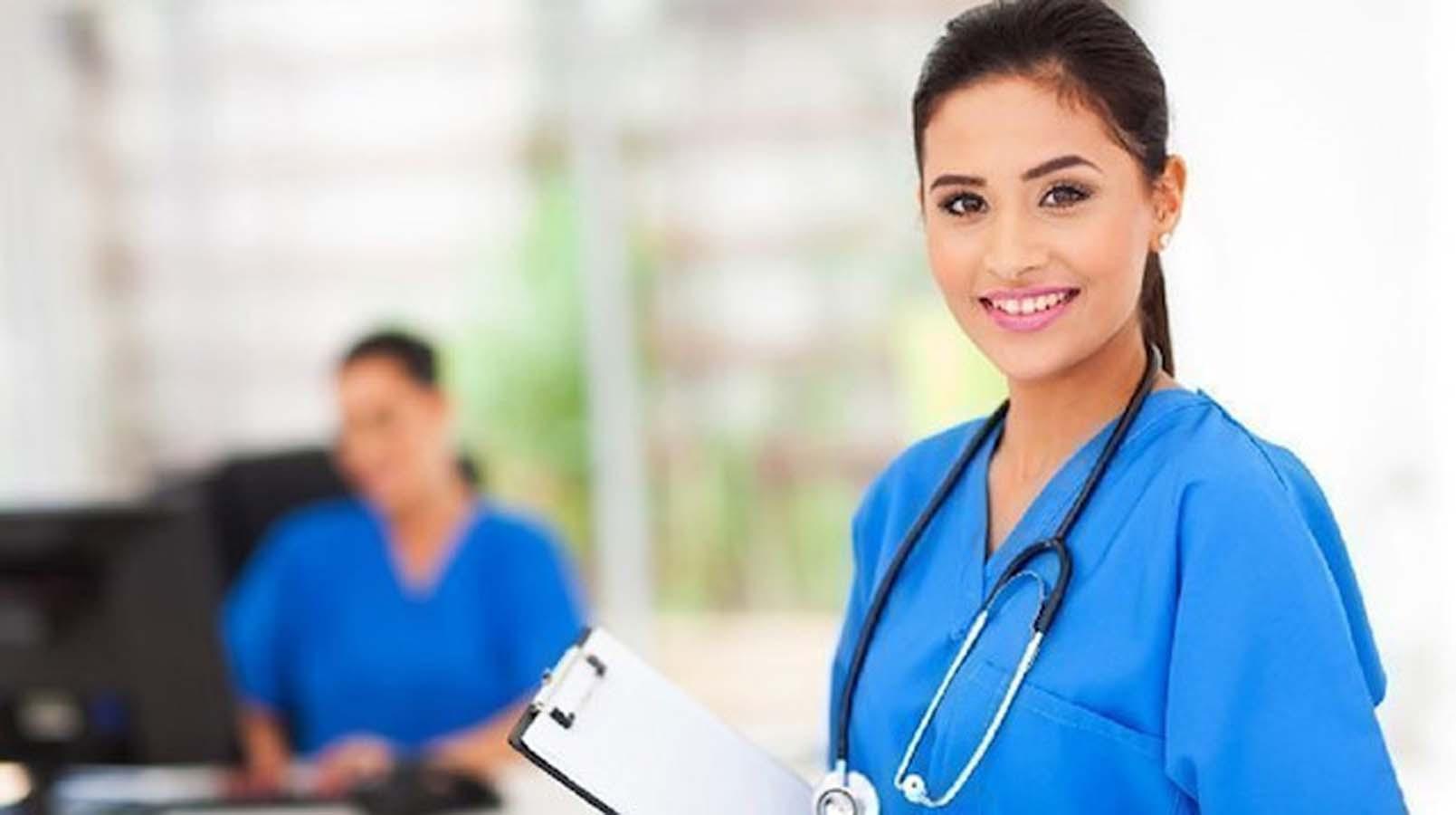 Sağlık Personeli Mesleğinden Mutsuz