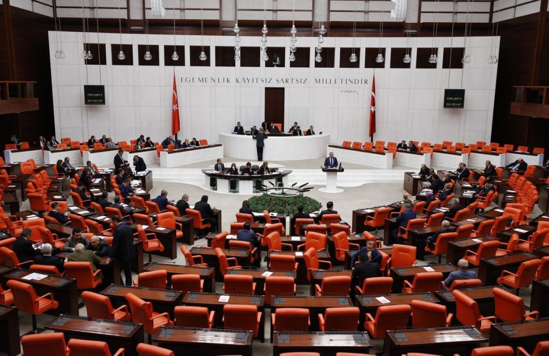Yeni Askerlik Sisteminde Öncelik Verilecekler Meclis'te Görüşülecek