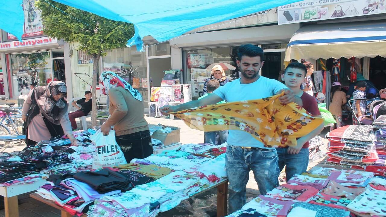 İşportacılar Ekonomiye 200 Milyar Lira Kazandırdı